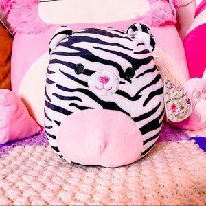 "NWT Squishmallows Tasha the Tiger 8"""
